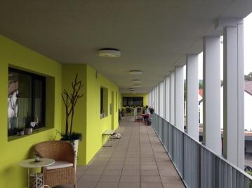 Pöstenhof - extra wide galeries